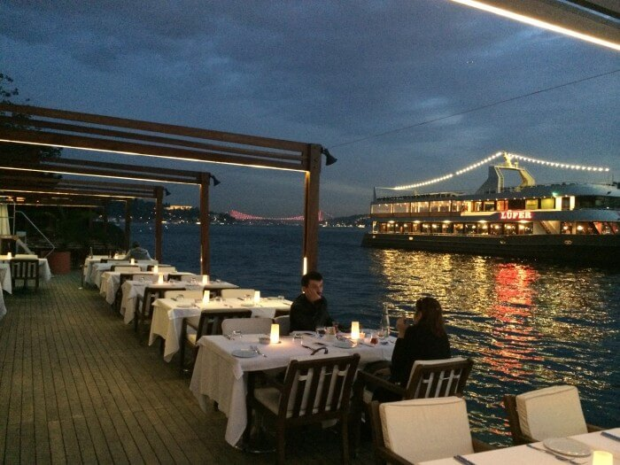 Lacivert-Restaurant