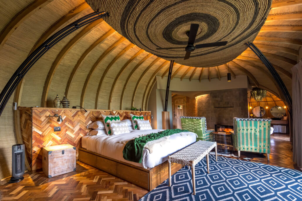 Schlafzimmer in der Bisate Wilderness Lodge in Ruanda