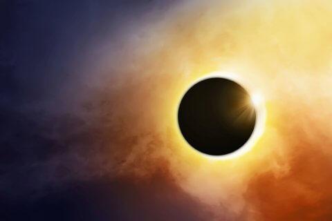 Sonnenfinsternis 2021 in der Antarktis mit Paul Sutter erleben!