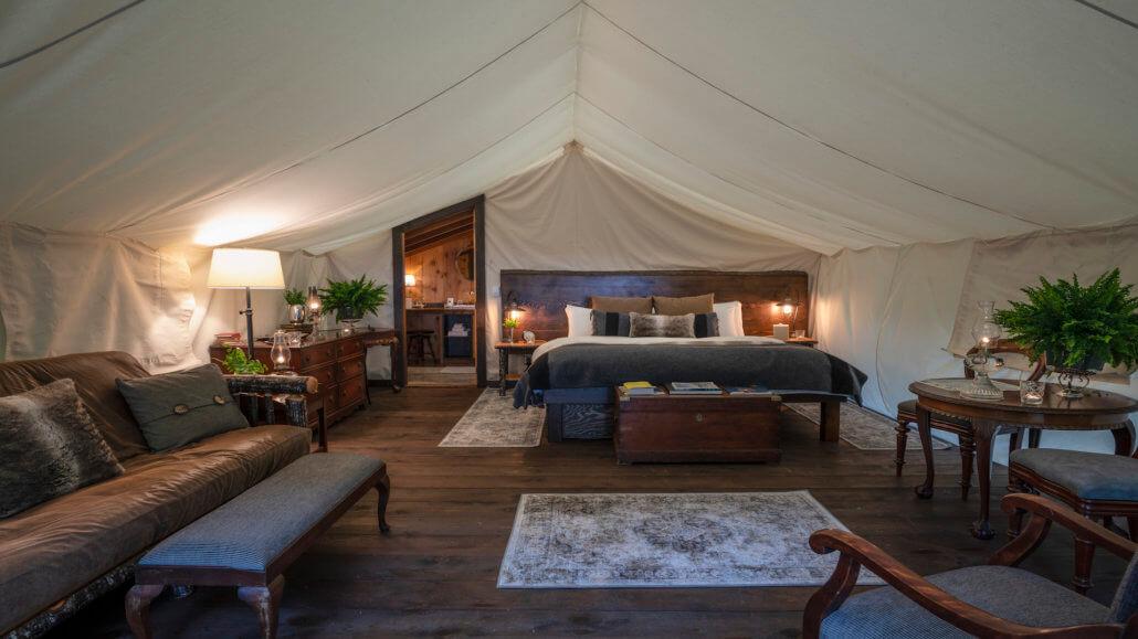 Clayoquot Wilderness Resort_Romantic Hillside Ensuite Zelt