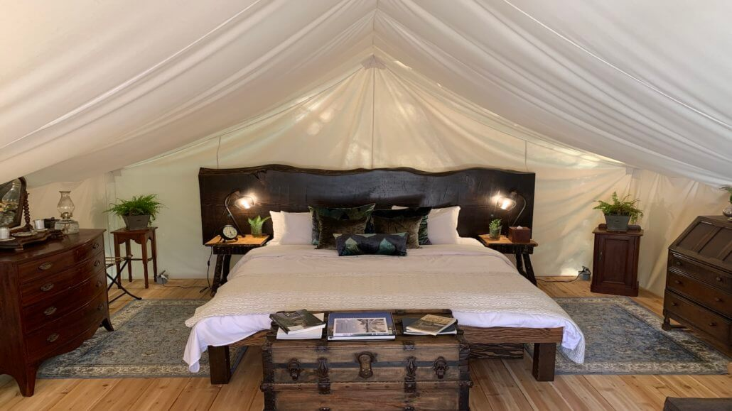 Clayoquot Wilderness Resort_Romantic_Hillside_Deluxe Zelt