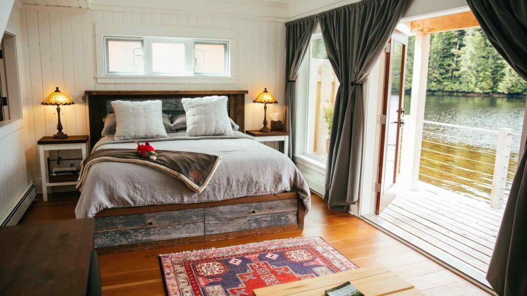 Schlafzimmer der Gezeiten-Huette - Nimmo Bay, Kanada