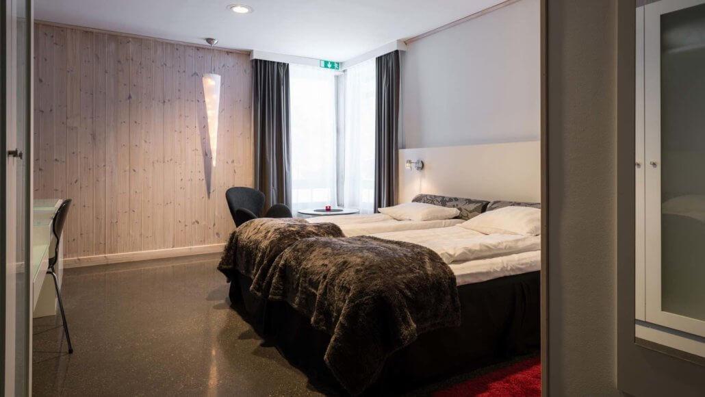 Schlafzimmer des Kaamos Zimmers - ICEHOTEL, Schweden