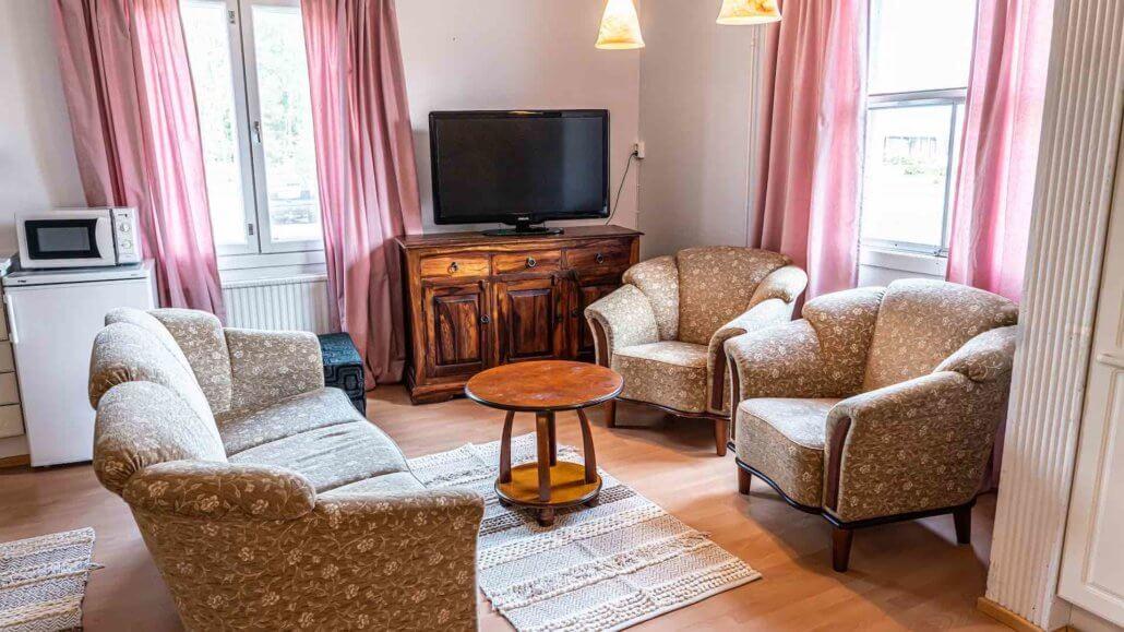Wohnzimmer des Appartements - Arctic Guesthouse, Finnland
