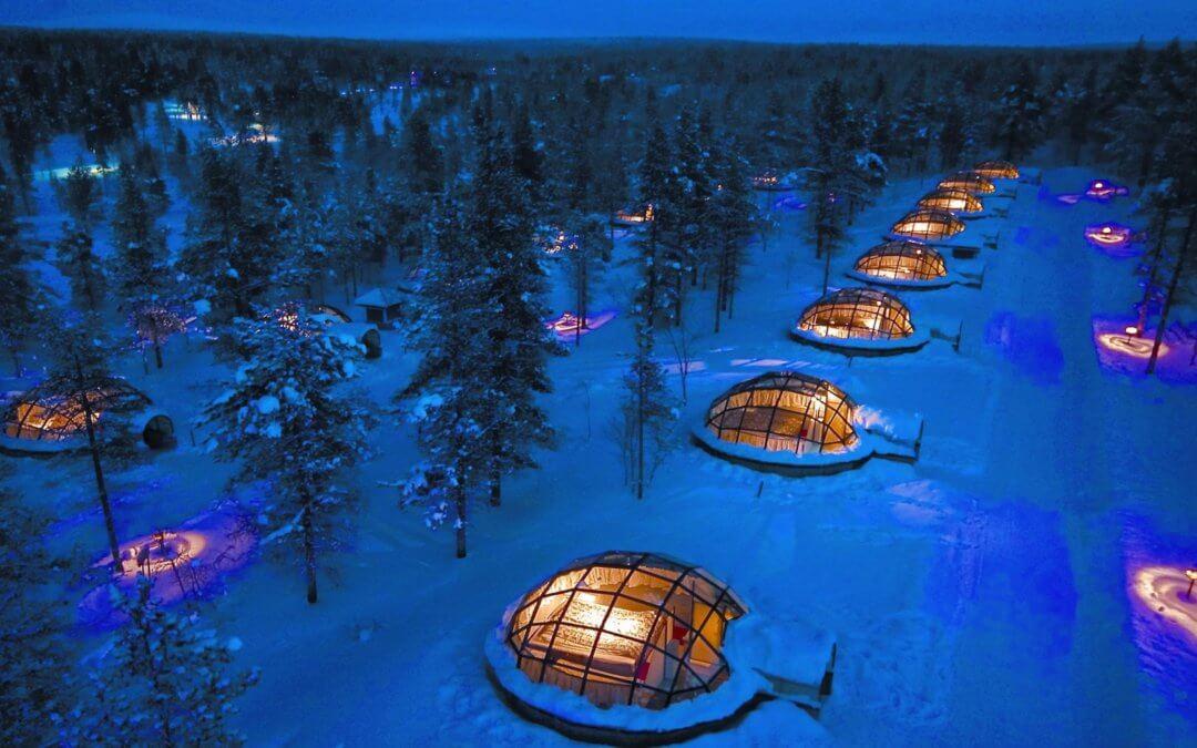 Glas-Iglu-Dorf in Lappland