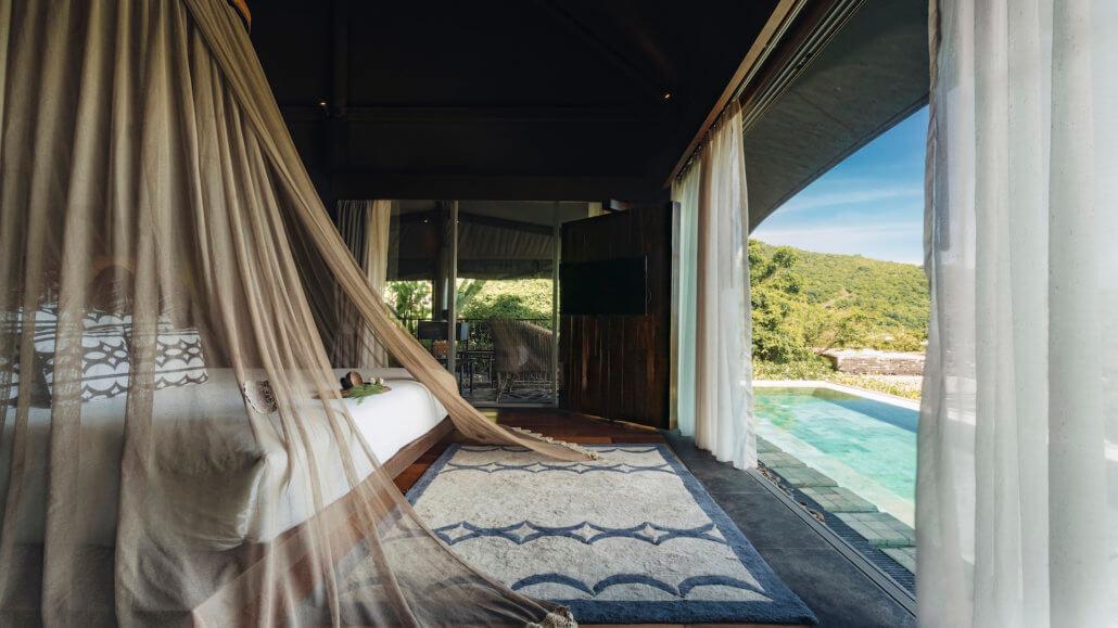 Keemala Resort, Phuket, Thailand - Tent Pool Villa - Innenraum
